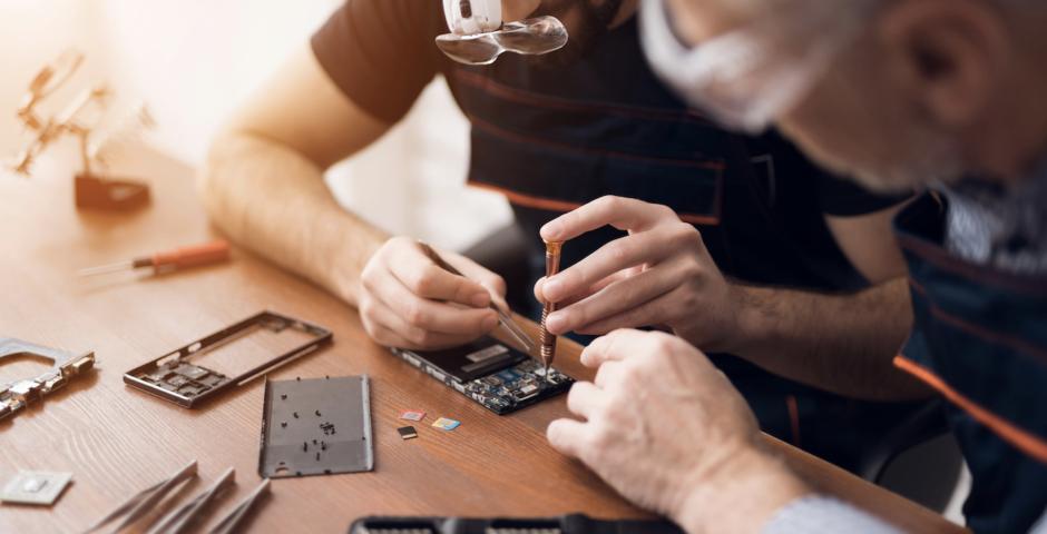 Repairing device